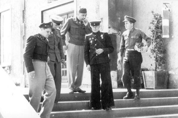 die geschichte des fliegerhorstes langenlebarn von 1936 bis 2000, Esstisch ideennn